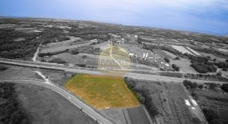 ISTRIA – OPPORTUNITY – Approximately 10,000m2 investment land for the construction of a gas station