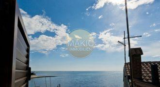 ISTRA – Tri apartmana u centru Umaga – pogled na more!