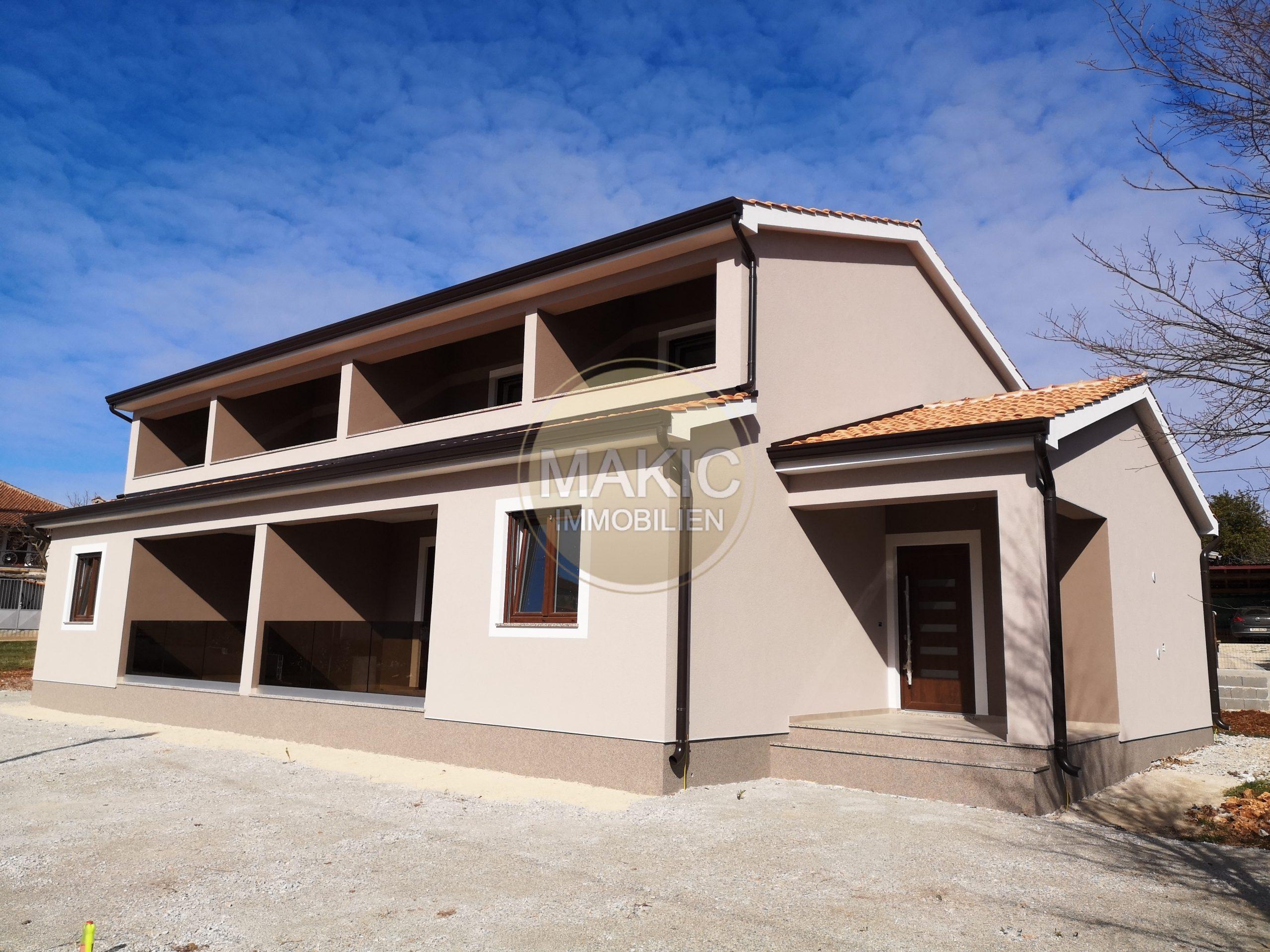 ISTRA – Novosagrađena dvojna kuća s pogledom na more!