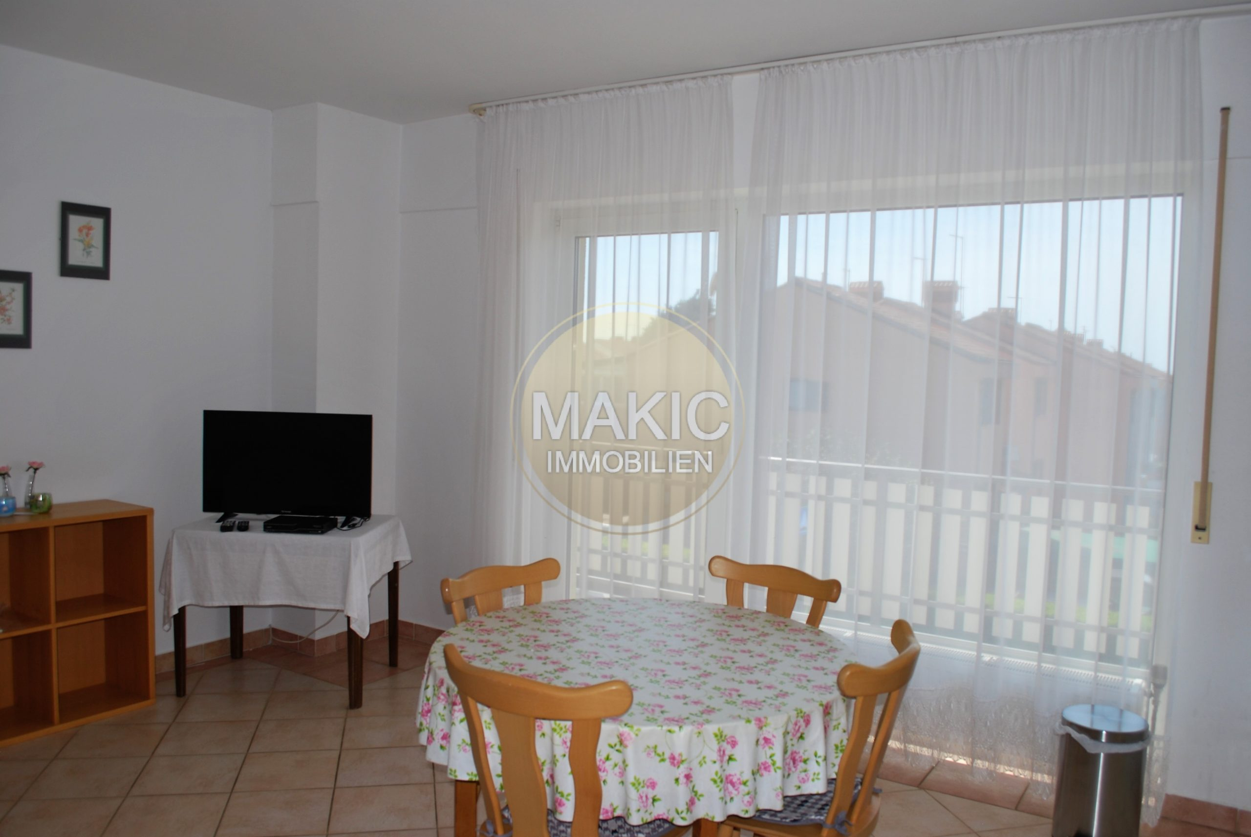 ISTRIA – HOUSE WITH THREE APARTMENTS – UMAG