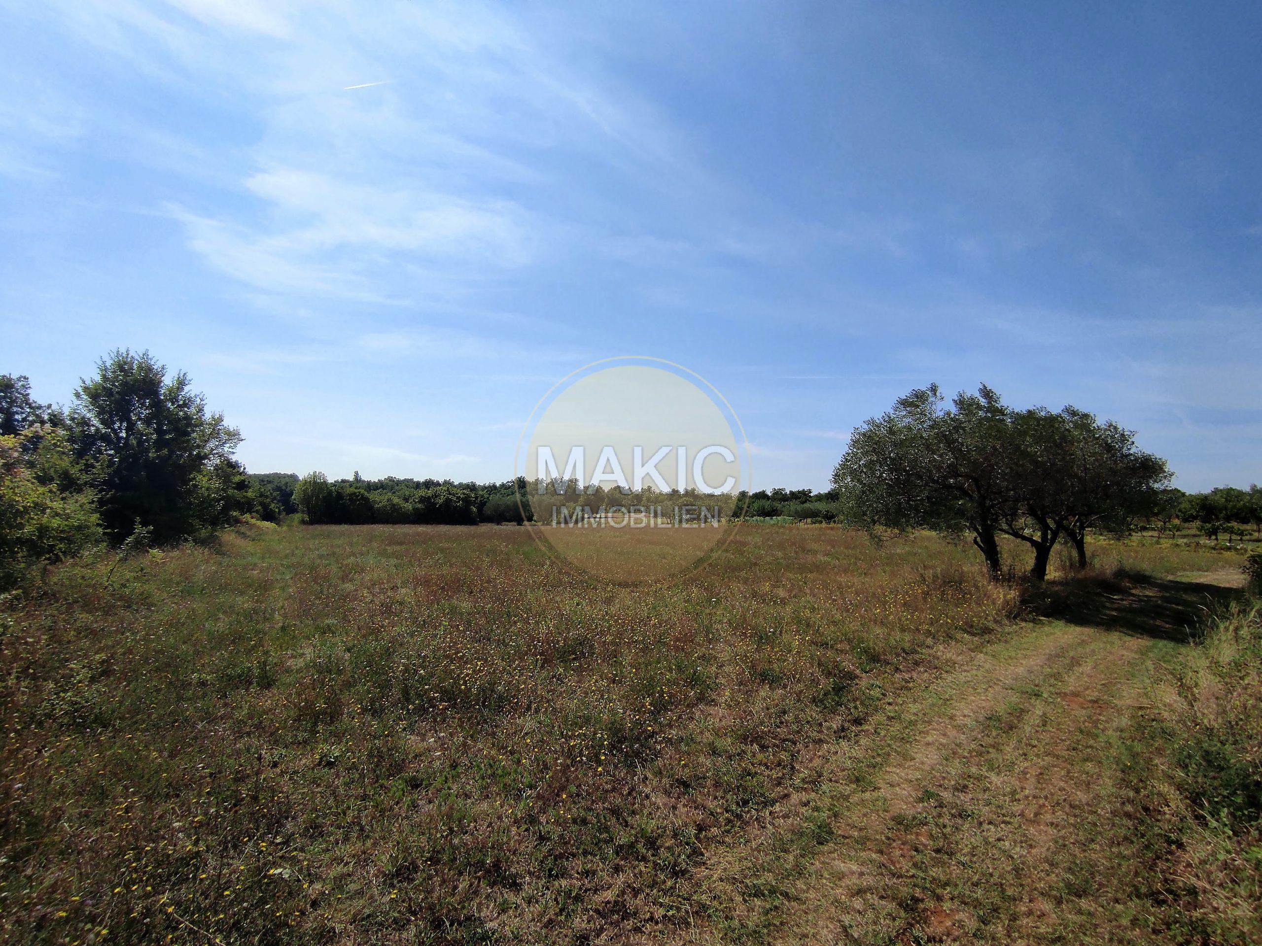 ISTRIA – BUILDING LAND IN A QUIET AREA